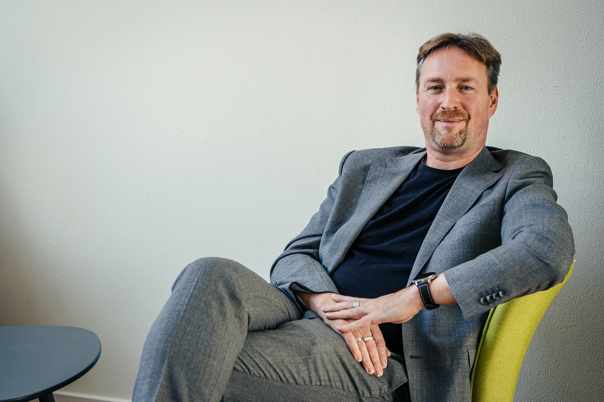 Mr. Kaj Hollemans (48)